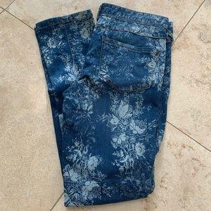 🌸 Free People Floral Skinny Jeans 30 - 31